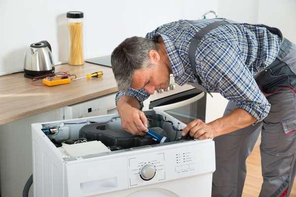 servicio-tecnico-neveras-lavadoras-whirlpool-mabe-electrolux-D_NQ_NP_817954-MLV30494571051_052019-F