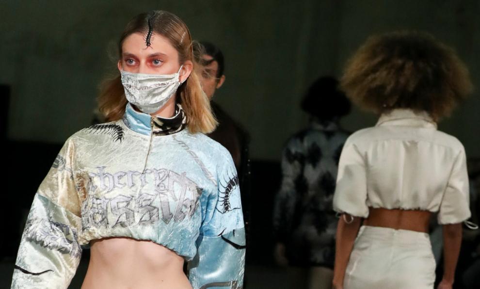 Ahora las mascarillas son tendencia en moda