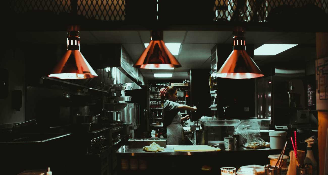 Cocinas fantasmas: ¿Qué esperas para pedir tu plato favorito?