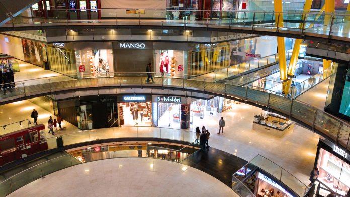 """""""Mall Virtual"""" es la nueva tendencia de los chilenos para sus compras de navidad y fin de año, en medio de la pandemia"""
