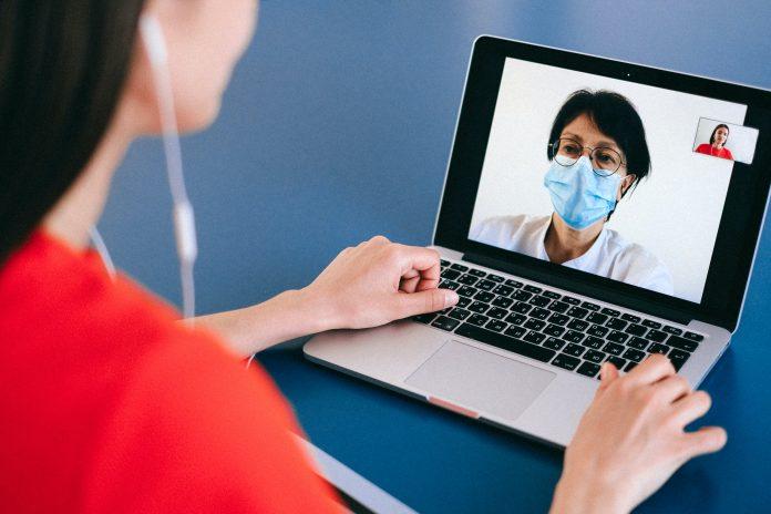 Covid-19: ¿Cómo ha afectado la irrupción de la telemedicina en la cirugía plástica?