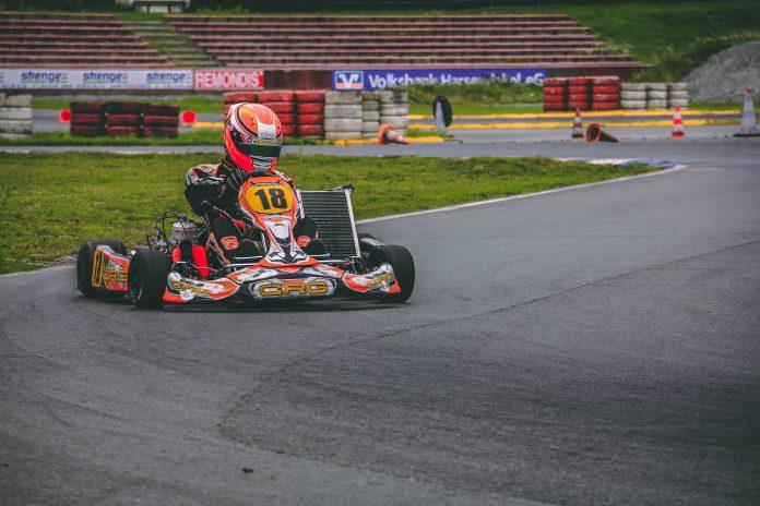 Karting profesional chileno con categoría exclusiva para mujeres