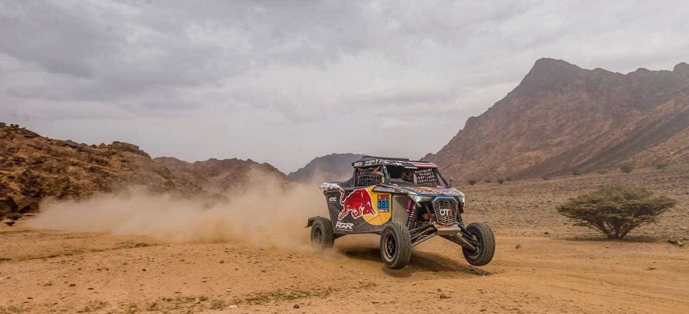 """""""Chaleco"""" López acaba en lo más alto del Dakar 2021"""