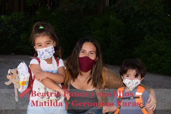 Beatriz Funes y sus hijos Matilda y Geronimo Varas Baja