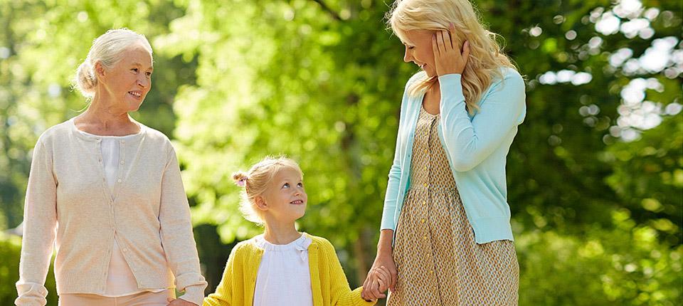 En el Día Mundial de la Mujer especialistas resaltan la importancia de cuidar la salud en cada etapa de vida