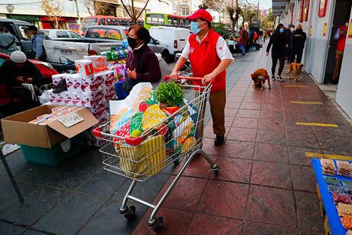 Comisión de Constitución aprueba propuesta de Chile Vamos que rebaja el IVA a productos esenciales