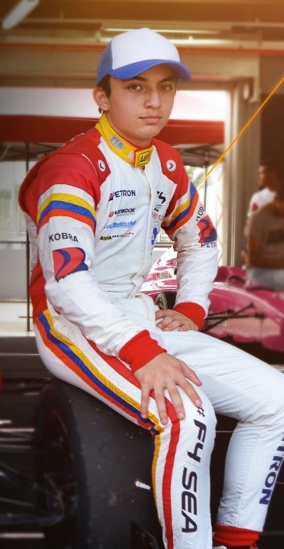 Nicolás pino, piloto chileno de fórmula 3