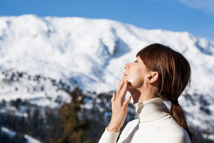 Experta llama a no descuidar el cuidado de la piel en invierno