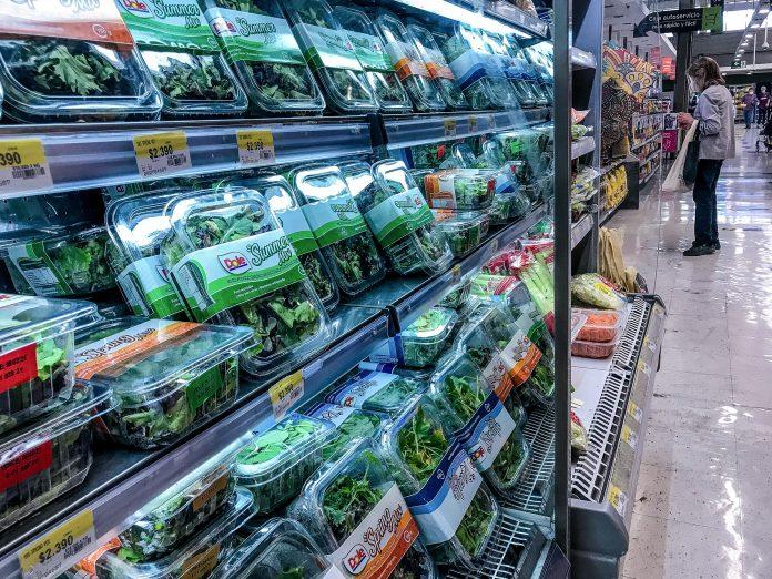 """""""El mercado más grande y contaminante de plástico son los empaques de alimentos"""""""